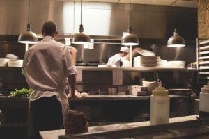 aiuti-alle-imprese-del-turismo-ristorazione-cultura