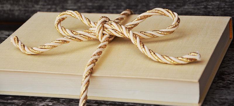 i-libri-da-leggere-e-regalare-a-Natale-2020