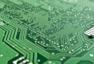 21-lezioni-per-il-XXI-secolo-tecnologia