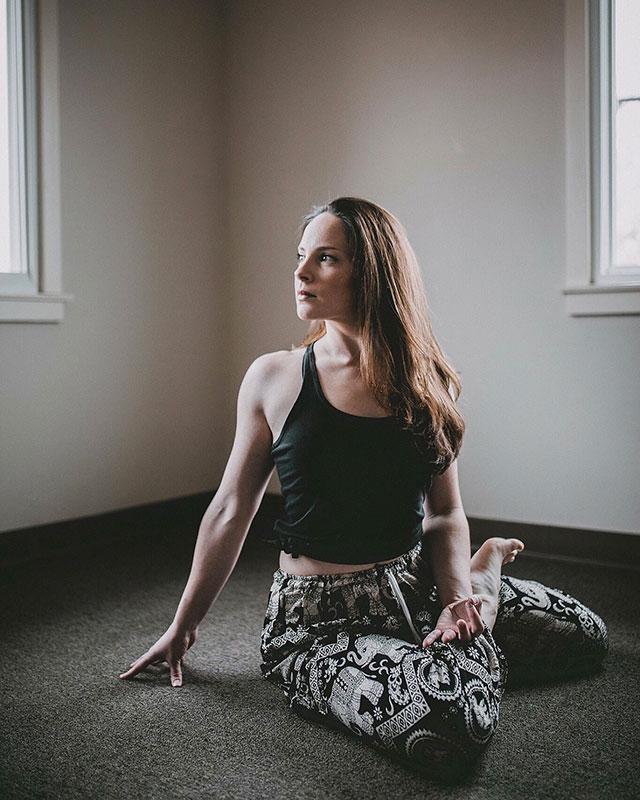 Invidia-al-lavoro-yoga