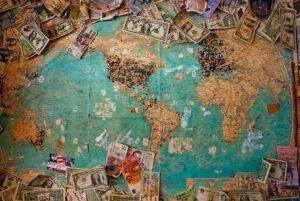 Un'opera dal carattere analitico e personale sul noto fenomeno dell'utilizzo dei conti correnti all'estero.