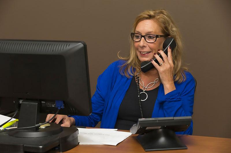 Come-creare-una-relazione-di-fiducia-con-il-cliente-online-telefonata
